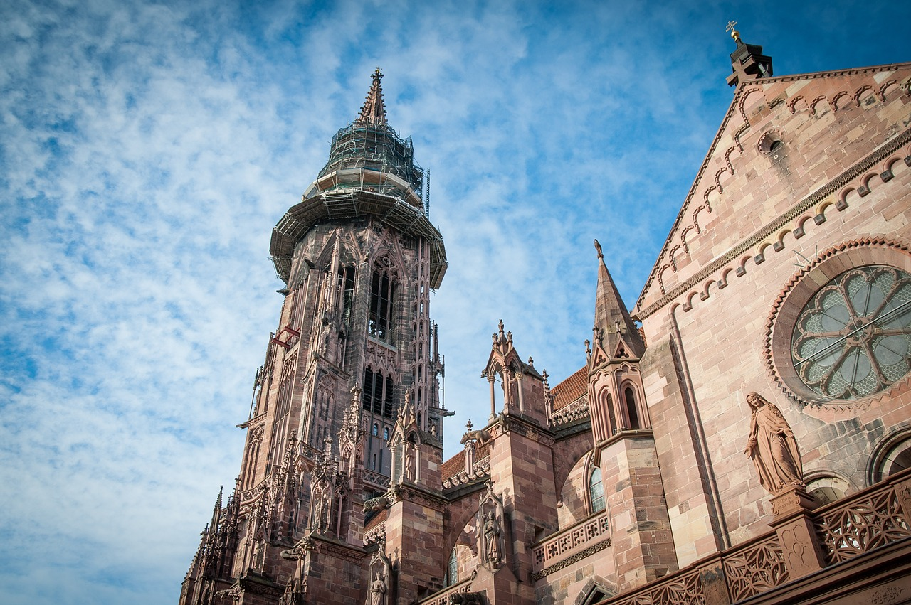 cathedral-1283758_1280